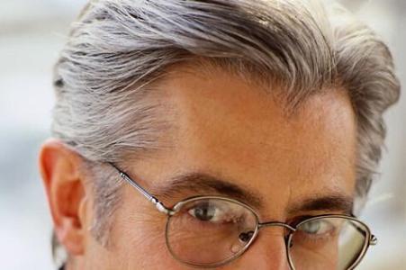 白头发如何变黑的方法及注意事项